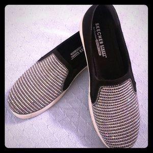 Skechers bling slip on shoes